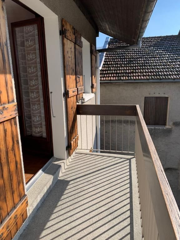 MASSONGY : appartement F1 en location 4/7